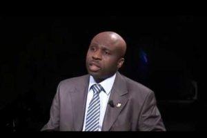 Adrien Houabaloukou Pour la diaspora congolaise Directeur provisoire du Rassemblement des Républicains Président de la CDI (Convention des Démocrates Indépendants) Ancien candidat à la députation française