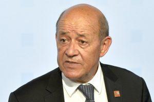 """RD Congo : Jean-Yves Le Drian réclame de la """"clarté"""" sur le résultat de la présidentielle"""