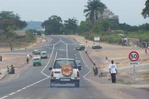 Existe t il une convention signée entre l'État congolais et la congolaise des routes ( LCR) ?