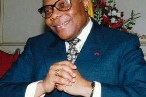 Encore, parmi nous, le Président Pascal Lissouba.