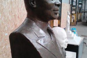 Quand Sassou N'guesso soigne son image à Paris