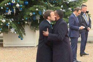 Le baiser de Juda entre le dictateur Sassou Nguesso et Emmanuel Macron !